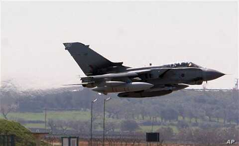 A British RAF Tornado jet takes off from Gioia del Colle air base, near Bari, southern Italy, March 24, 2011.
