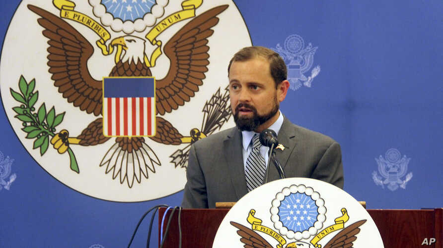 U.S. Special Envoy for the Great Lakes Region Tom Perriello speaks at a press conference in Bujumbura, Burundi, Nov. 10, 2015.