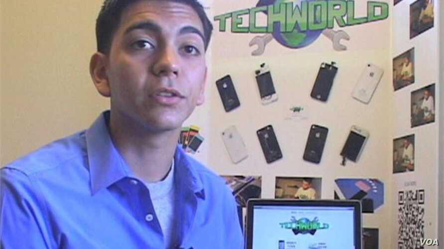 Young Entrepreneur Specializes in iPhones