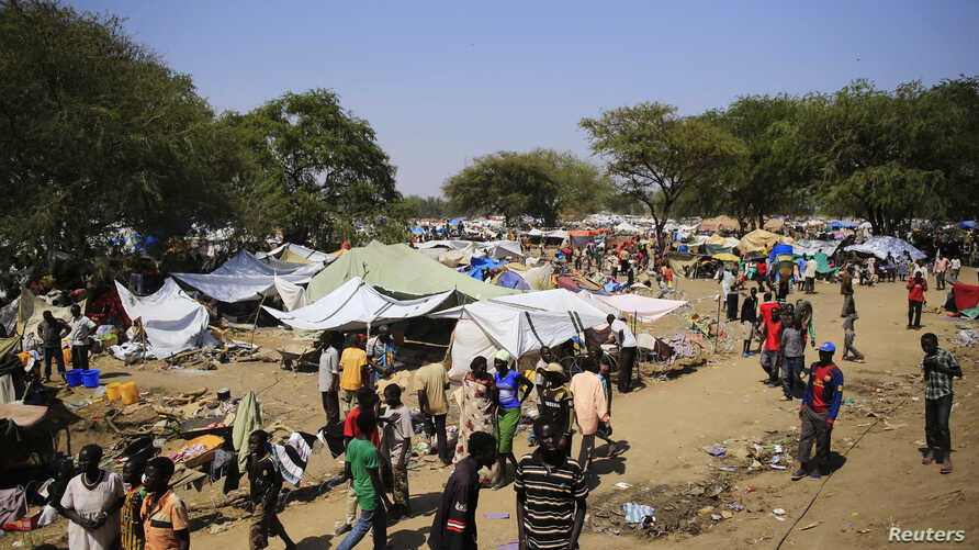A general view of a camp for displaced people set up in a United Nations compound in Bor, South Sudan, Dec. 25, 2013.