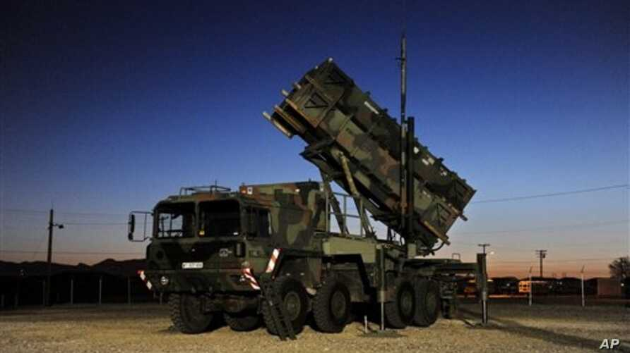 Patriot surface-to-air missile battery on a training ground in Fort Bliss near El Paso, Texas, Feb. 15, 2012 (file photo).