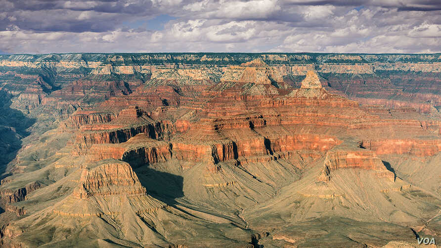 Around five million people each year visit the 1.6 km deep Grand Canyon National Park in Arizona