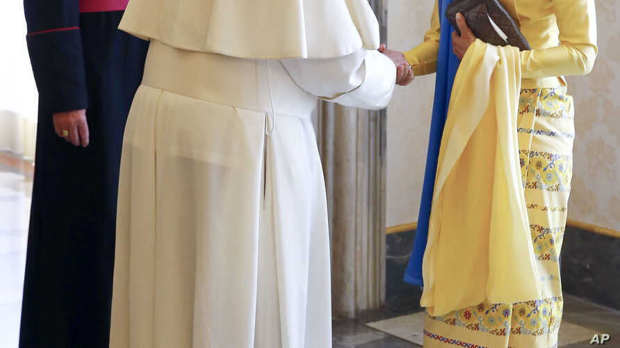 State Counsellor and Union Minister for Foreign Affairs of the Republic of the Union of Myanmar Aung San Suu Kyi (right) is welcomed by Pope Francis on the occasion of their private audience, at the Vatican, May 4, 2017.