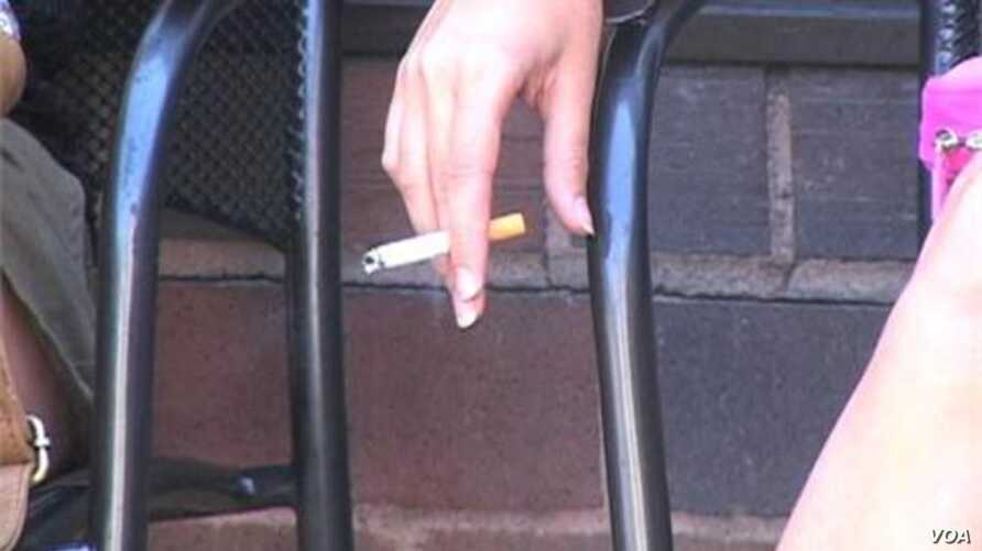 Popular Youth at Higher Risk for Smoking