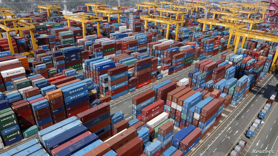 FILE - Hanjin Shipping's container terminal is seen at the Busan New Port in Busan, about 420 km (261 miles) southeast of Seoul, August 8, 2013.