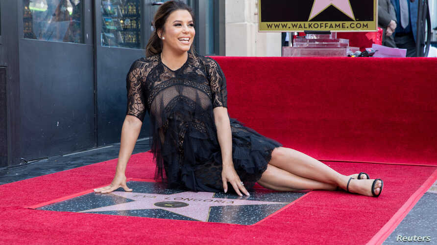 Eva Longoria poses on the Hollywood Walk of Fame in Los Angeles, California, April 16, 2018.