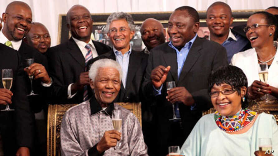 To celebrate the 20th anniversary of the release from prison of Nelson Mandela, former members of the national reception committee were brought in together in Johannesburg, 04 Feb 2010, by Winnie and Zindzi to reminisce about the event of 11 February