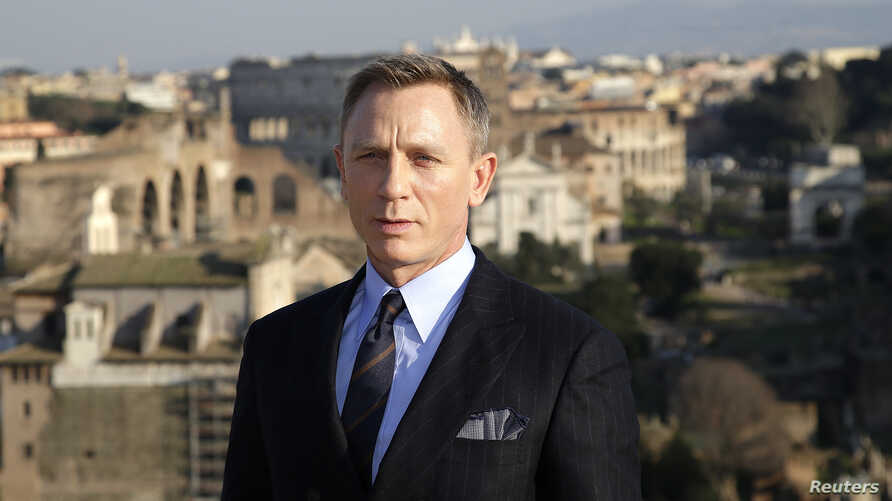 "Actor Daniel Craig poses during a photo call for the new James Bond film ""Spectre"" in downtown Rome, Feb.18, 2015."