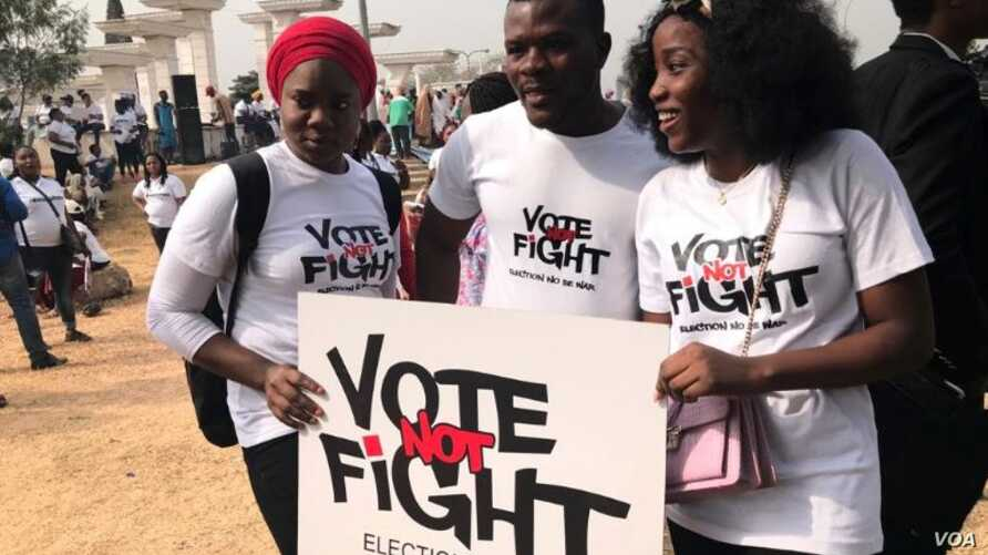 Demonstrators appeal for peaceful elections in Nigeria during an event in Abuja, Feb. 6, 2019. Presidential and legislative elections are set for Saturday, Feb. 16.  (G. Alheri/VOA)