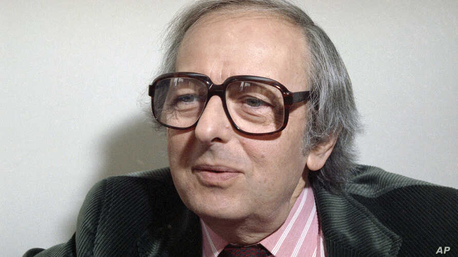 FILE - Pianist, composer and conductor Andre Previn is pictured in this 1991 photo. Previn died in his Manhattan home Feb. 28, 2019. He was 89.