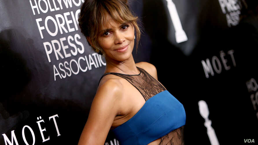 Halle Berry arrives at The Hollywood Foreign Press Association's Annual Grants Banquet.