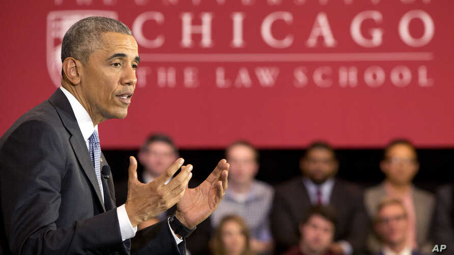 President Barack Obama speaks about his Supreme Court nominee Merrick Garland, at the University of Chicago Law School in Chicago, April 7, 2016. Obama also spoke with Fox News anchor Chris Wallace at the school.