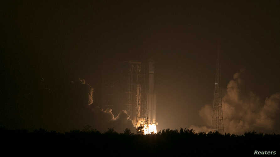 Long March-7 rocket carrying Tianzhou-1 cargo spacecraft lifts off from the launching pad in Wenchang, Hainan province, China, April 20, 2017.