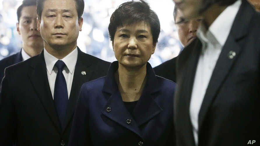 Ousted South Korean President Park Geun-hye arrives at the Seoul Central District Court for hearing on a prosecutors' request for her arrest for corruption, in Seoul, South Korea, March 30, 2017.