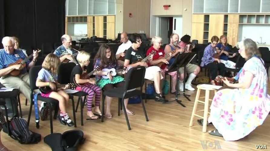 Happy Sounds Abound as Ukulele Gains Popularity