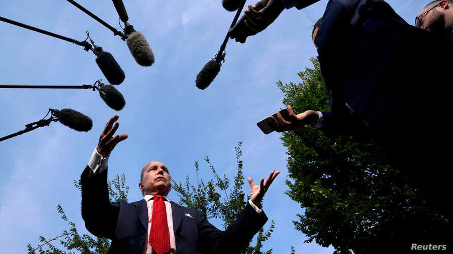 Top White House economic adviser Larry Kudlow speaks to reporters at the White House in Washington, Aug. 16, 2018.