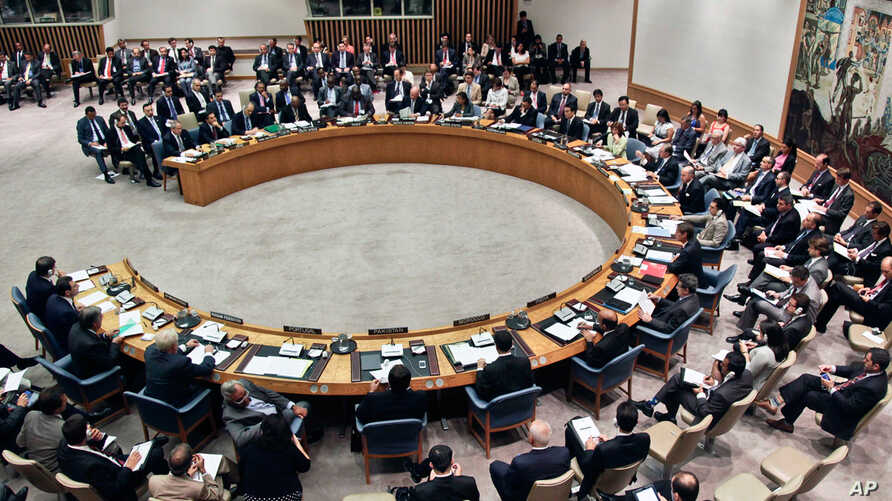 The United Nations Security Council convenes for a ministerial meeting on the humanitarian plight in Syria, August 30, 2012.