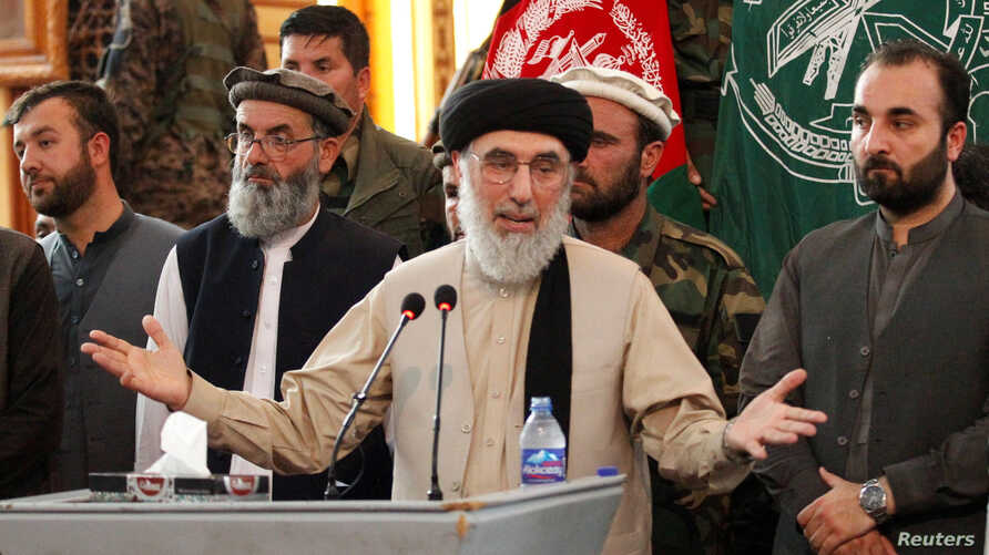 FILE - Former Afghan warlord Gulbuddin Hekmatyar speaks to supporters in Jalalabad province, Afghanistan, April 30, 2017.