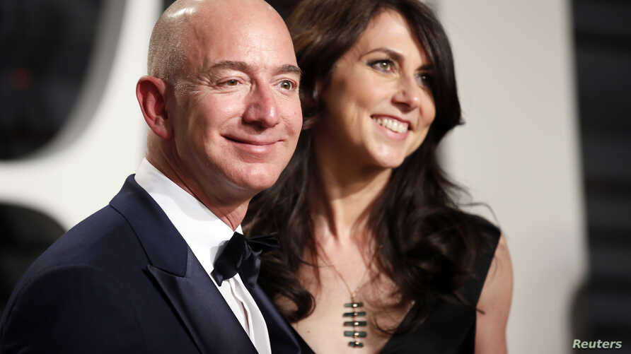 Amazon's Jeff Bezos and his wife, MacKenzie Bezos, attend the Vanity Fair party in Beverly Hills, Calif., Feb. 26, 2017, after the 89th Academy Awards.