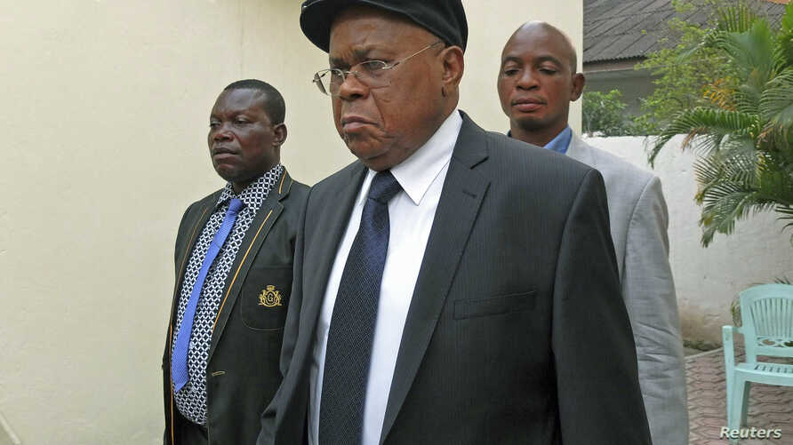 FILE - Opposition leader Etienne Tshisekedi (front), president of the DRC's UDPS party, attends the 14th Francophonie Summit in Kinshasa, DRC.