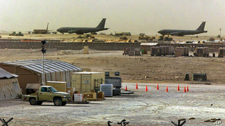 American military planes and support facilities are seen at the Al Udeid Air Base outside Doha, Qatar in the Persian Gulf. (File Photo)
