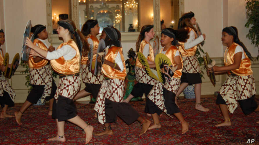 Students from Deal Middle School in Washington, D.C., perform at the  Indonesian Embassy.