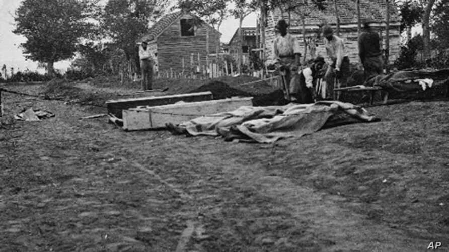 Burying the dead - 620,000 Americans died during the Civil War.