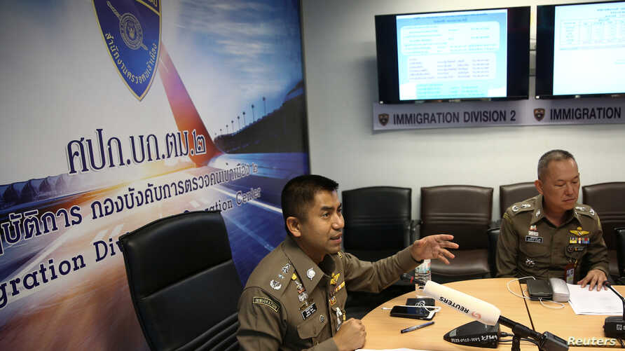 Immigration chief Maj-Gen Surachate Hakparn address media at Suvarnabhumi Airport where Rahaf Mohammed al-Qunun has barricaded herself inside a hotel room in Bangkok, Jan. 7, 2019.