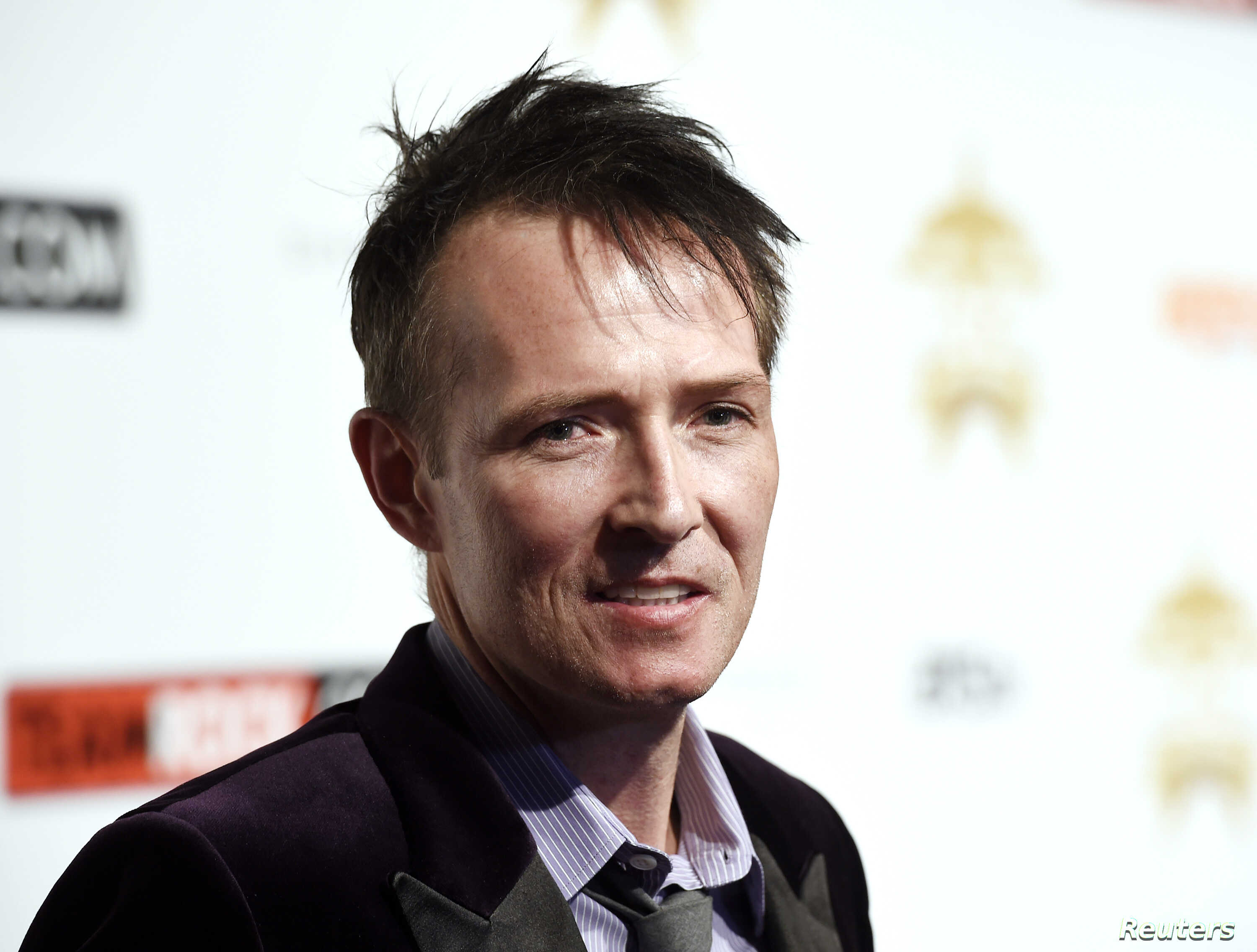 """FILE - Scott Weiland poses during the 10th annual """"Classic Rock Roll of Honor"""" awards in Los Angeles, Calif., Nov. 4, 2014."""