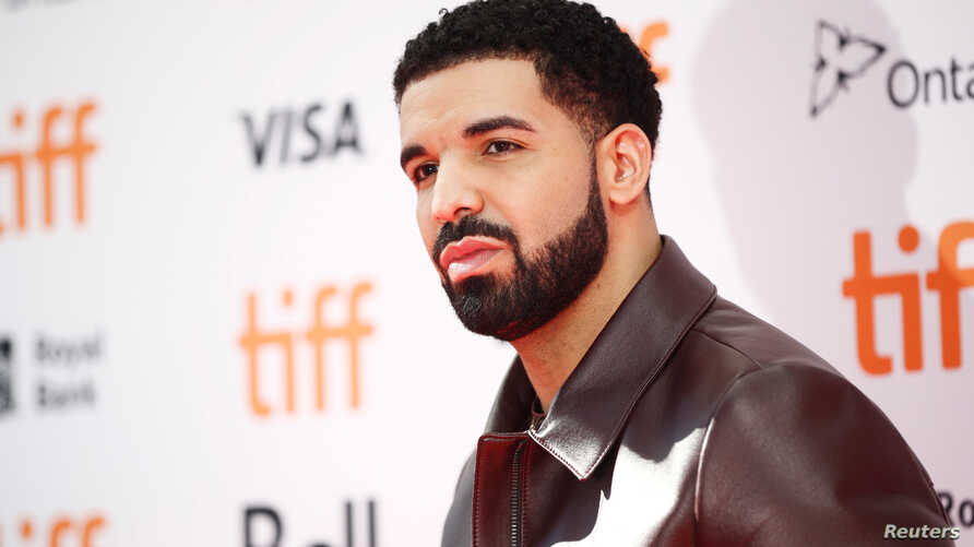 "Rapper Drake arrives on the red carpet for the film ""The Carter Effect"" at the Toronto International Film Festival (TIFF), in Toronto, Canada, Sept. 9, 2017."