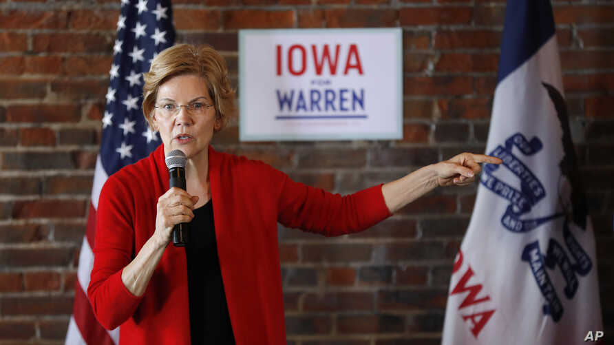 2020 Democratic presidential candidate Sen. Elizabeth Warren speaks to local residents during an organizing event, March 1, 2019, in Dubuque, Iowa.