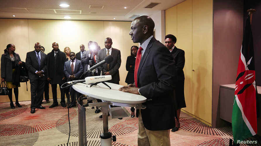 Deputy Kenyan President William Ruto addresses the media at a news conference at the Movenpick Hotel in The Hague, Oct. 15, 2013.