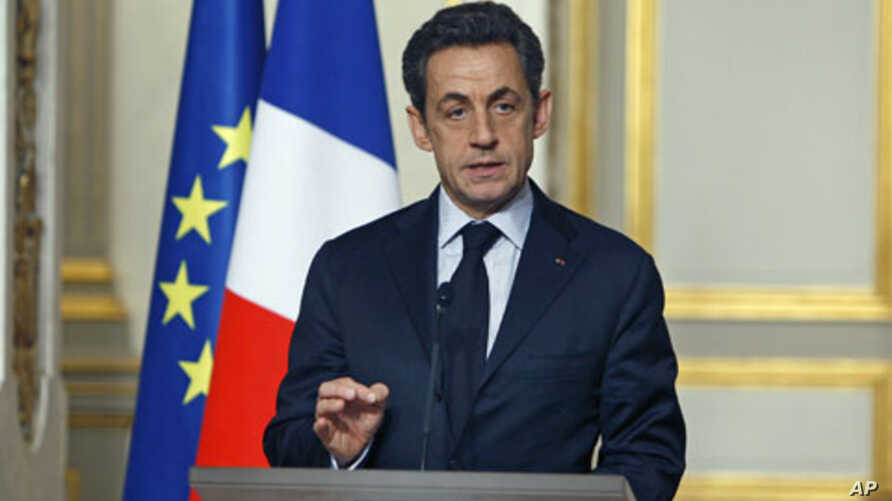 France's President Nicolas Sarkozy delivers a speech following an employment summit with labor union representatives at the Elysee Palace in Paris, January 18, 2012.