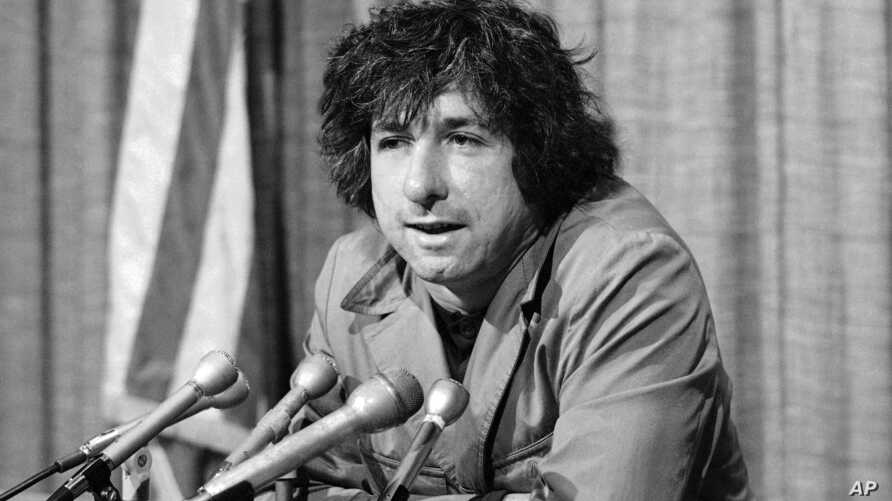 FILE -  political activist Tom Hayden, husband of Jane Fonda, tells newsmen in Los Angeles that he believes public support was partially responsible for the decision not to send him and others of the Chicago 7 to jail for contempt.