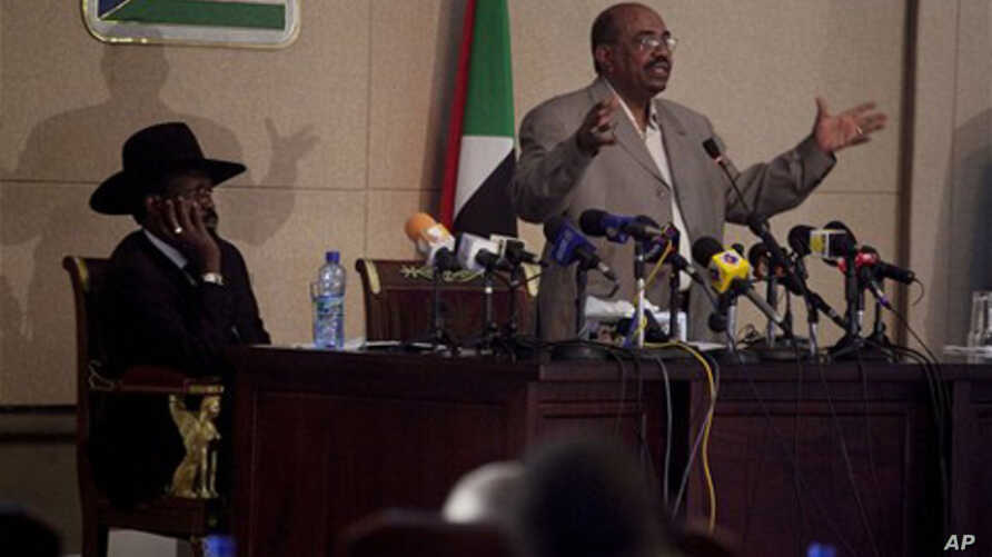 Sudanese President Omar Hassan al-Bashir during a recent visit to southern Sudan ahead of the referendum (file photo)