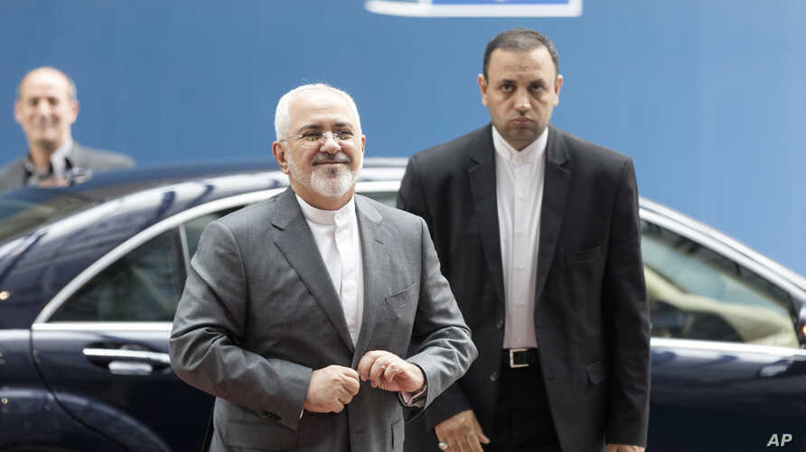 Iranian Foreign Minister Javad Zarif arrives prior to a meeting of the E-3 and Iran at the Europa building in Brussels, May 15, 2018.