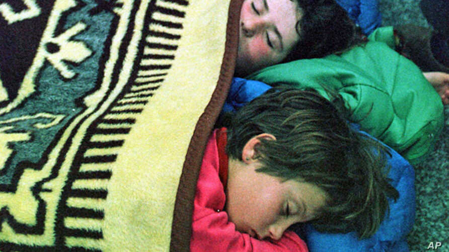 Sleeping children (file photo)