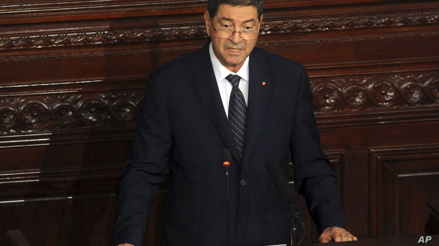 Tunisia's prime minister Habib Essid adresses the parliament in Tunis, July 8, 2015.