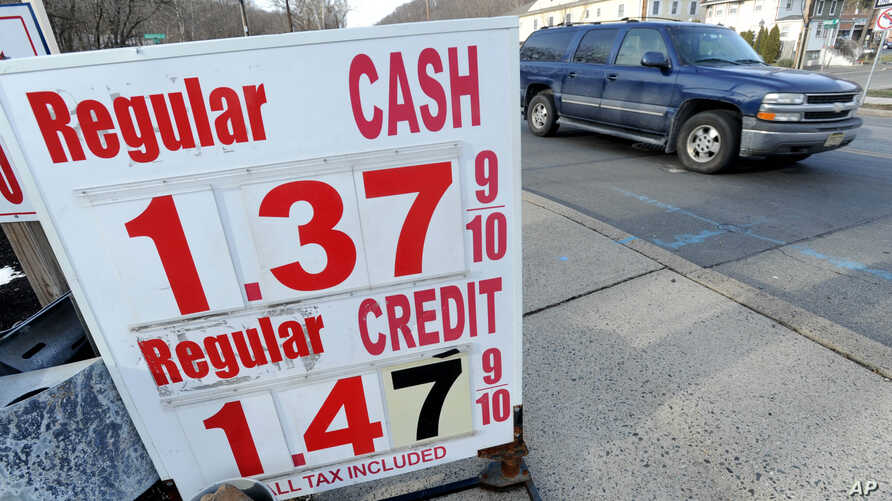U.S. oil prices crashed below $27 dollars a barrel on Wednesday for the first time since 2003, caught in a broad slump across world financial markets. Gas is $1.39 per gallon in North Plainfield, N.J., Jan. 20, 2016.