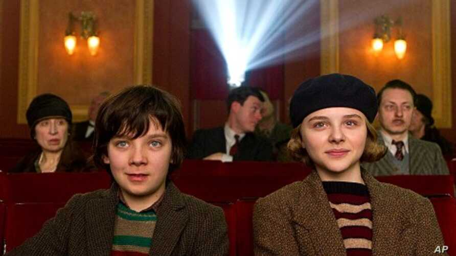 Left to right: Asa Butterfield plays Hugo Cabret and Chloë