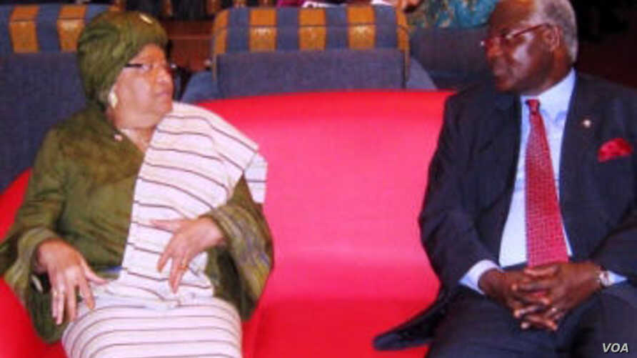 Presidents Sirleaf of Liberia and Koroma of Sierra Leone