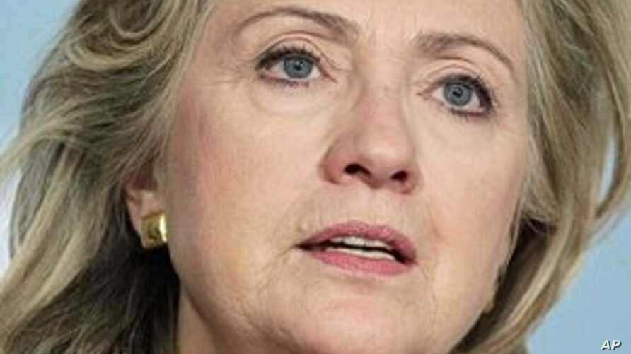 Clinton Cautious on Libyan Cease-Fire