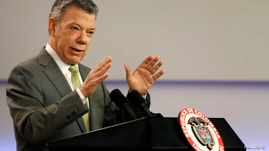 Colombia's President Juan Manuel Santos speaks during a press conference in Bogota, Colombia, Oct. 27, 2017.
