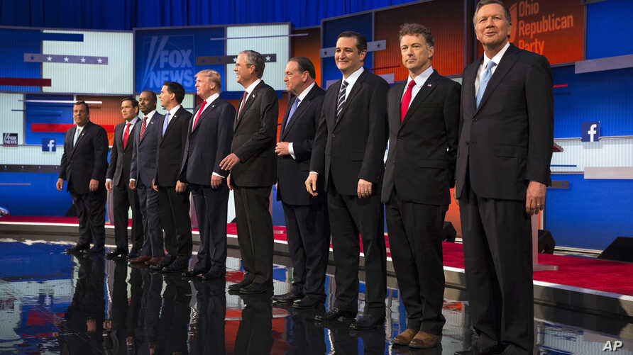 Republican presidential candidates from left, Chris Christie, Marco Rubio, Ben Carson, Scott Walker, Donald Trump, Jeb Bush, Mike Huckabee, Ted Cruz, Rand Paul, and John Kasich take the stage for the first Republican presidential debate at the Quicke