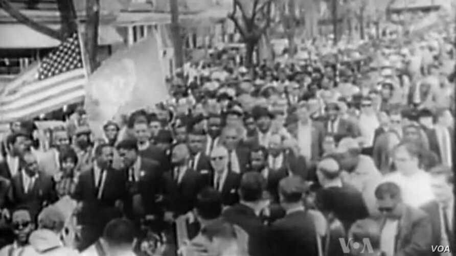 US Civil Rights Movement Benefits From Non-Violent Strategy