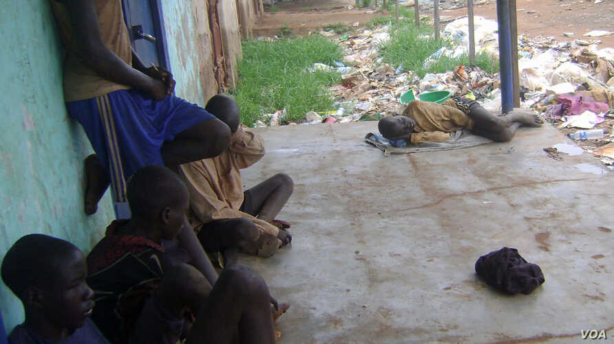 Merchants in Kuacjok are asking the Warrap state government and Juba to do something about the growing number of children who live in the streets in the state