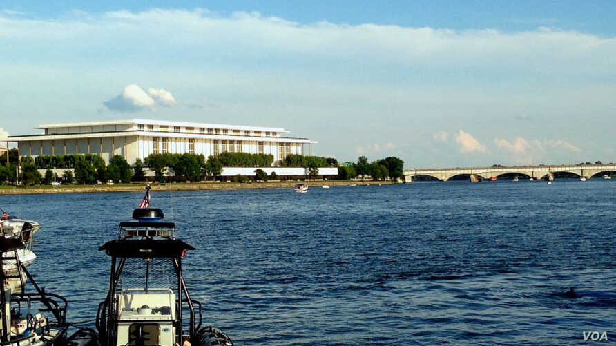 The John F. Kennedy Center for the Performing Arts overlooking the Potomac River in Washington, D.C. (Photo: Diaa Bekheet).