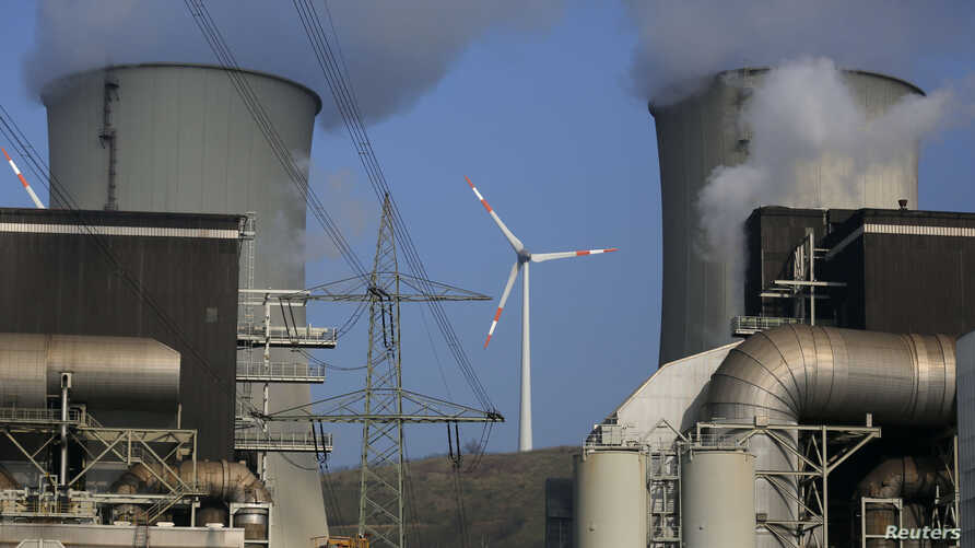 FILE - The coal power plant 'Scholven' of German utility giant E.ON is seen in Gelsenkirchen, March 11, 2014.