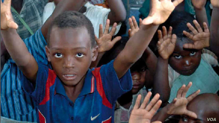 African children face growing risks as urban populations grow.  (Credit: Save the Children)