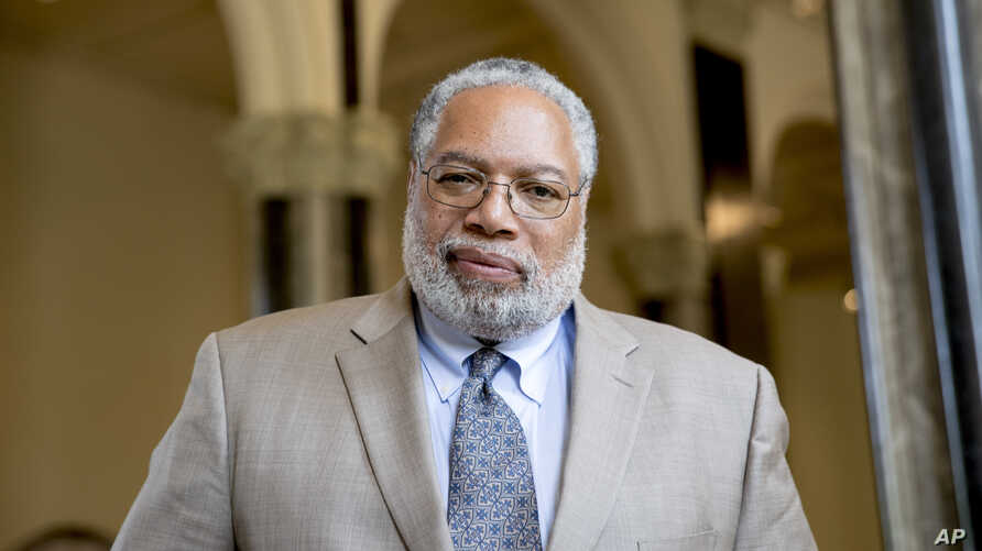 Lonnie Bunch, founding director of the Smithsonian's National Museum of African American History and Culture, poses for a photograph at the Smithsonian Castle in Washington, May 28, 2019. Bunch has been named as the 14th Secretary of the Smithsonian....